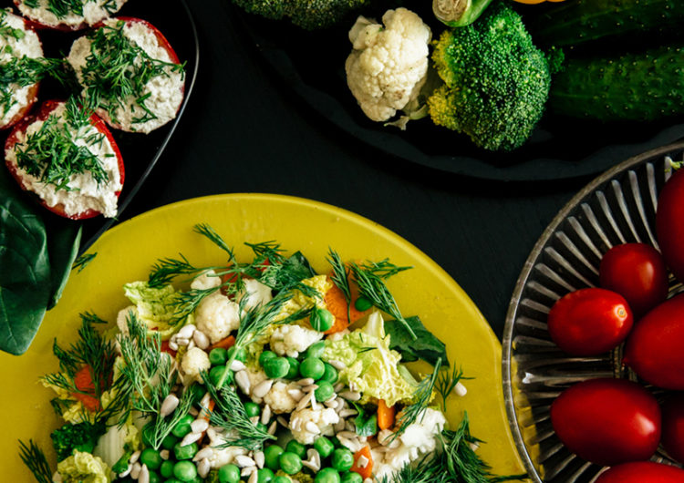 Отличия вегетарианства от веганства и сыроедения
